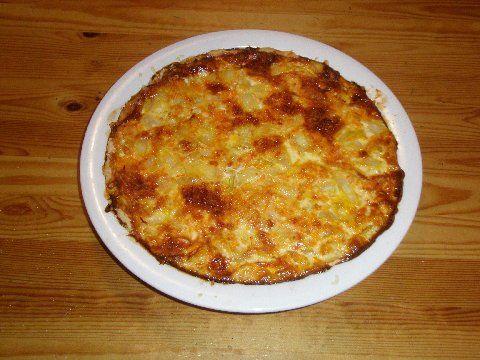 Sipuli-porkkana piirakka