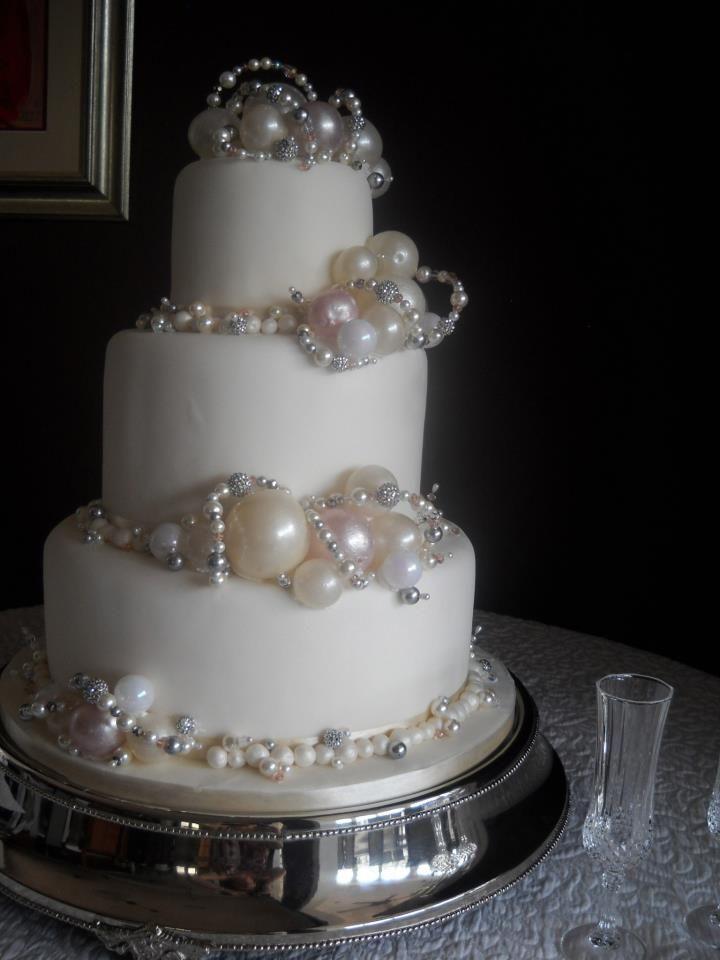 Vintage Baubles And Beads TrinidadCaribbeanWedding CakesWedding