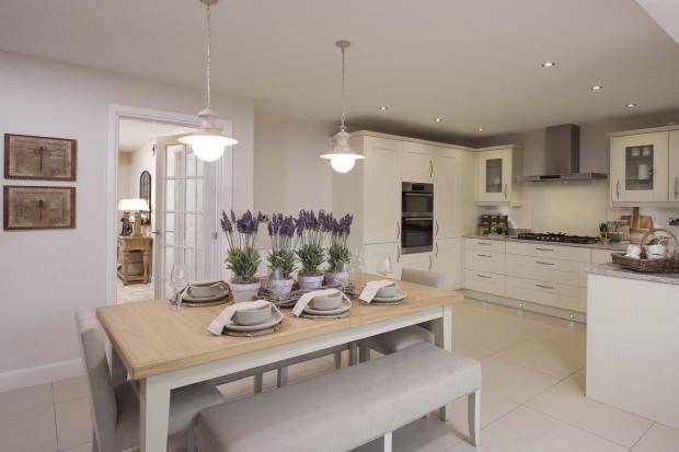 4 Bedroom Detached House For Sale In Ackworth Road Pontefract