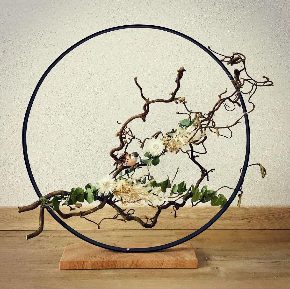 Dekoring (Loop Wreath) mit Trockenblumen