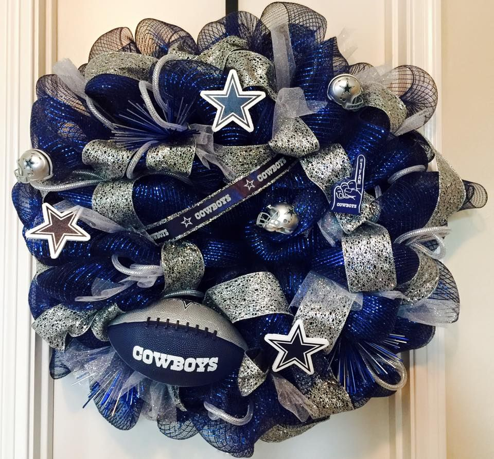 Dallas Cowboy Wreath