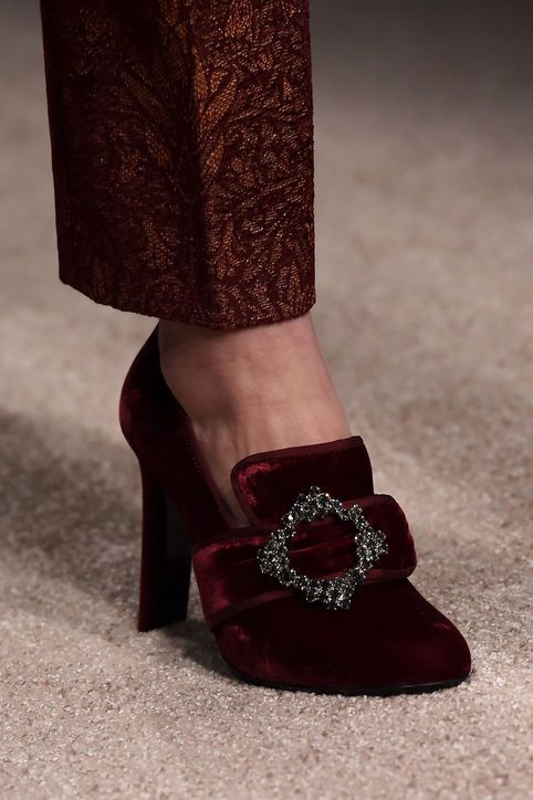Alberta Ferretti's velvet Victorian-inspired heels Fall 2015 Shoe Trends
