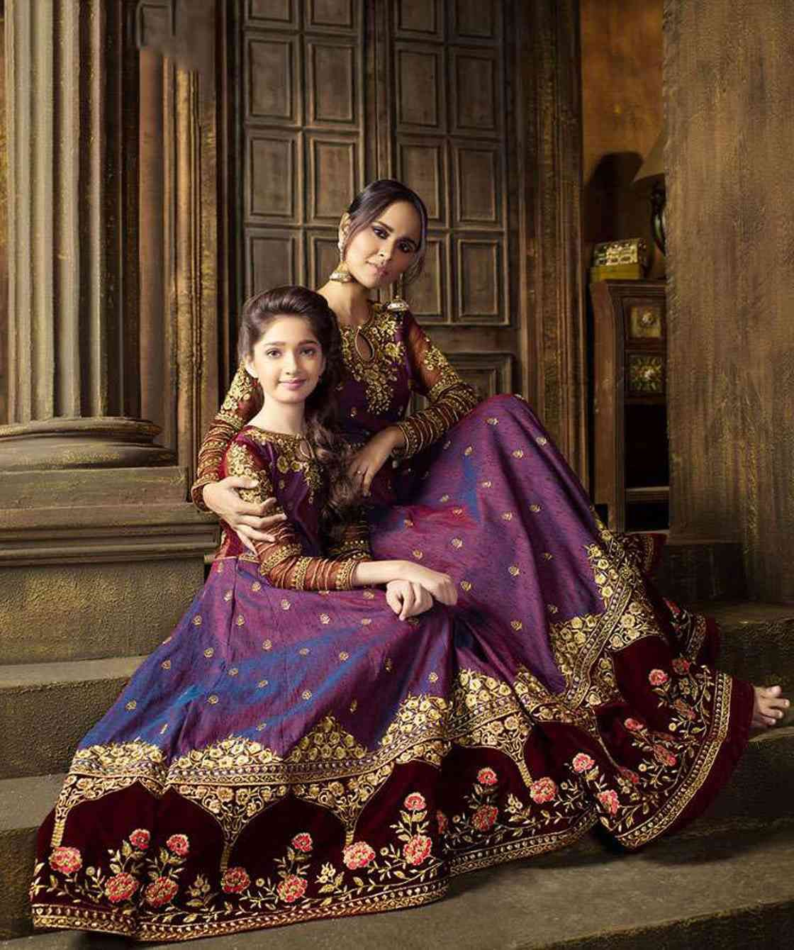 Buy mother daughter dress combo for partywear occassion at