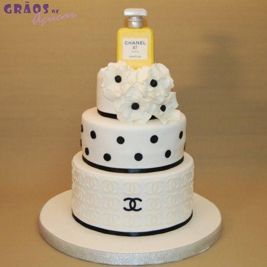 Chanel Nº 5 - Grãos de Açúcar - Bolos decorados - Cake Design ... b9877c5edb