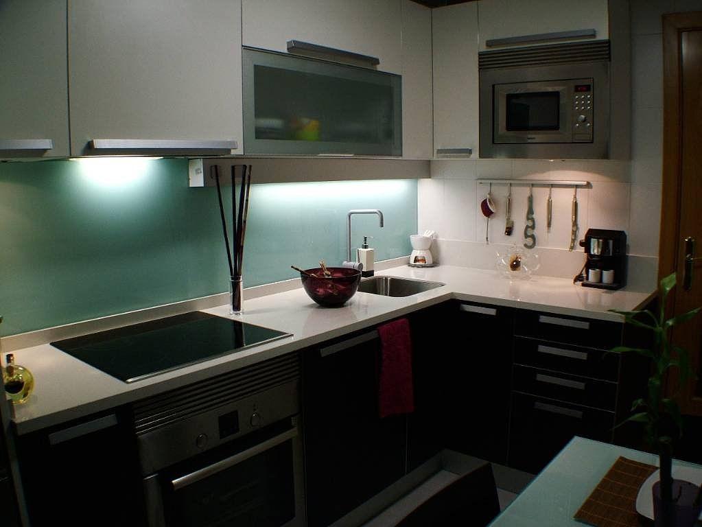 Vidrio templado para pared cocina cocinas pinterest for Panel de revestimiento para banos y cocinas