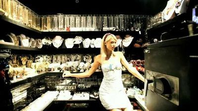 Cabina Armadio Paris Hilton.Paris Hilton S Jewelry Closet A Closet Just For Your Jewelry