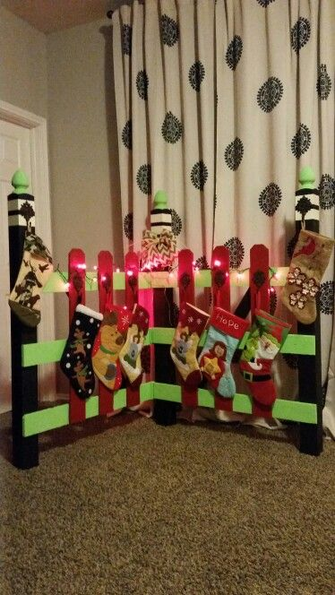 Diy Christmas Stocking Holder Pallet Wood Staircase