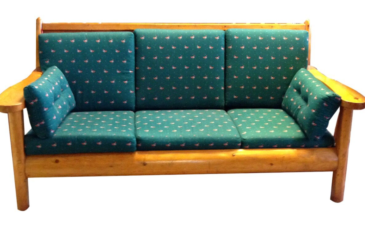 Rittenhouse sofa cedar log, made in Cheboygan Michigan circa 1930 ...