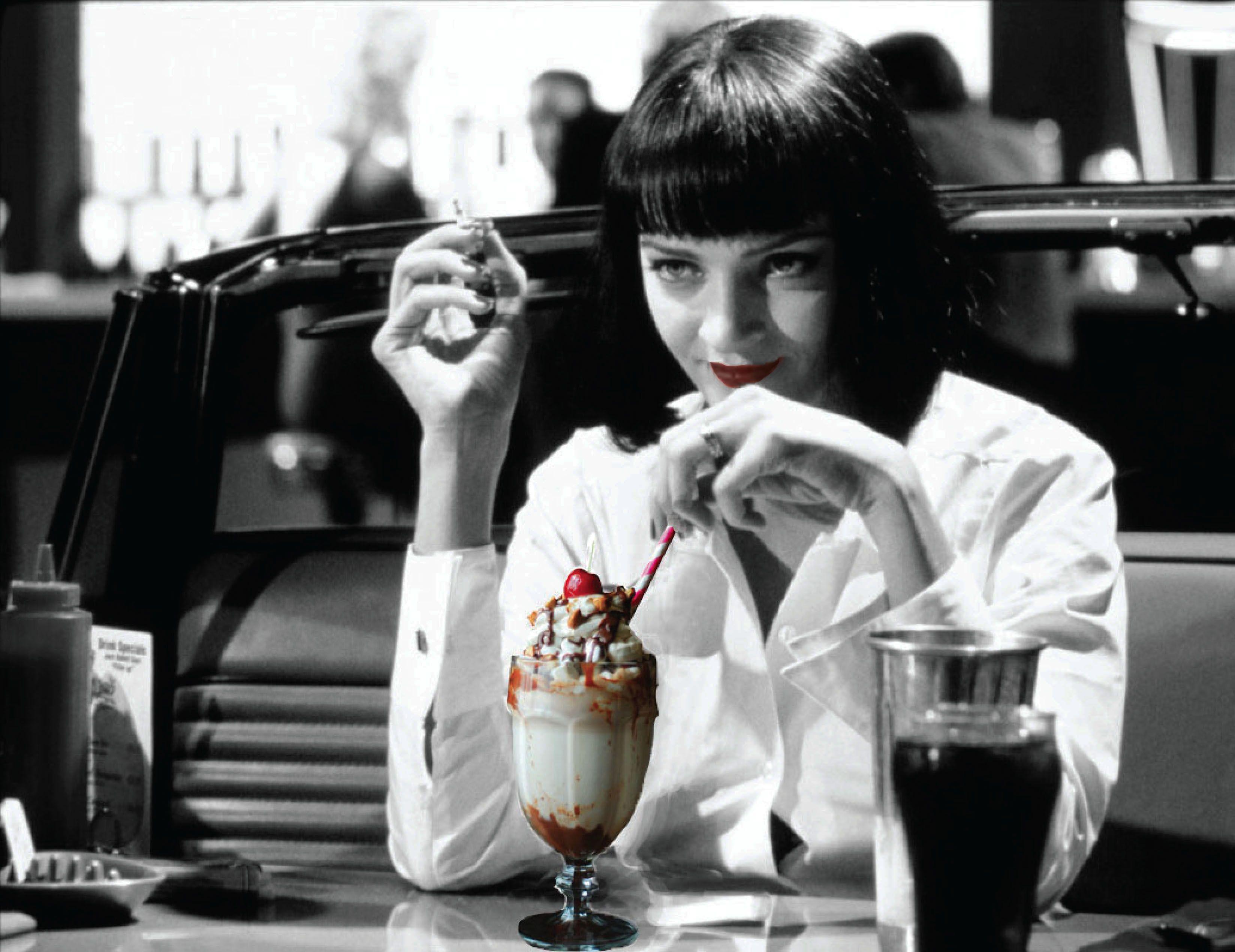 Mia Wallace drinking Martina y Garo's 5$ milkshake