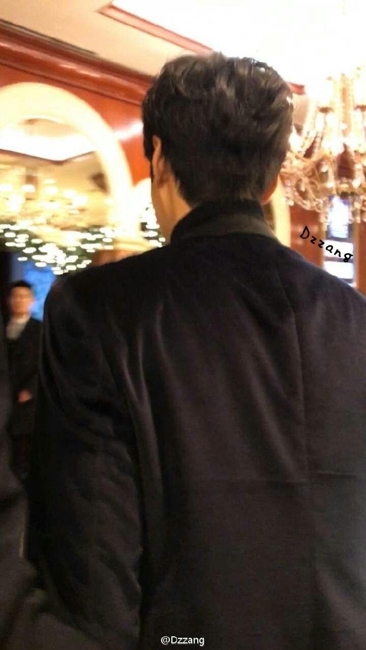 #LeeMinHo llegando a la conferencia de prensa de  SBS para presentar su nuevo drama  Legend of the blue sea  (14/Noviembre /16)  Cr.logo