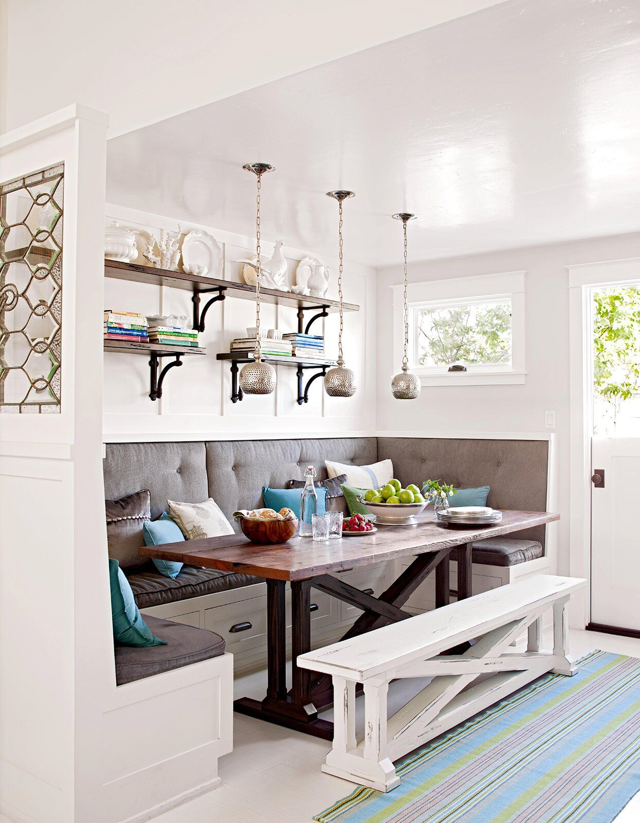 15 Small Dining Room Ideas to Make the Most of Your Space