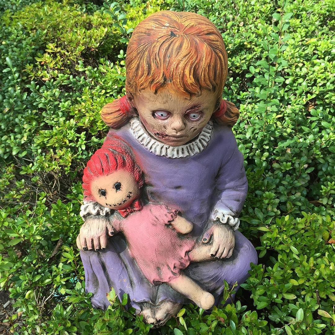 There's a new addition to our outside Halloween display. I think I'll call here Delores! #halloween  #creepy #creepydoll #thehistoricherndonhalloweenhouse #herndon #virginia #sunday #decorating #food #foodporn #foodgasm #foodstagram #foodpics #foodblogger #foodblog #recipe #faithhopeloveandlucksurvivedespiteawhiskeredaccomplice #vais4bloggers #vafoodie #yum #cats #chickoryco #youonthechew