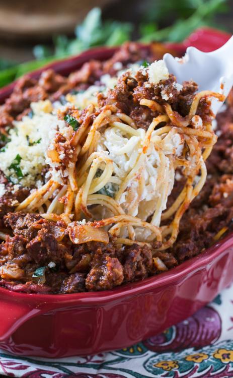 Fromage à la crème Spaghetti Casserole & hellip; Cliquez ici pour plus de nourriture photographie !.