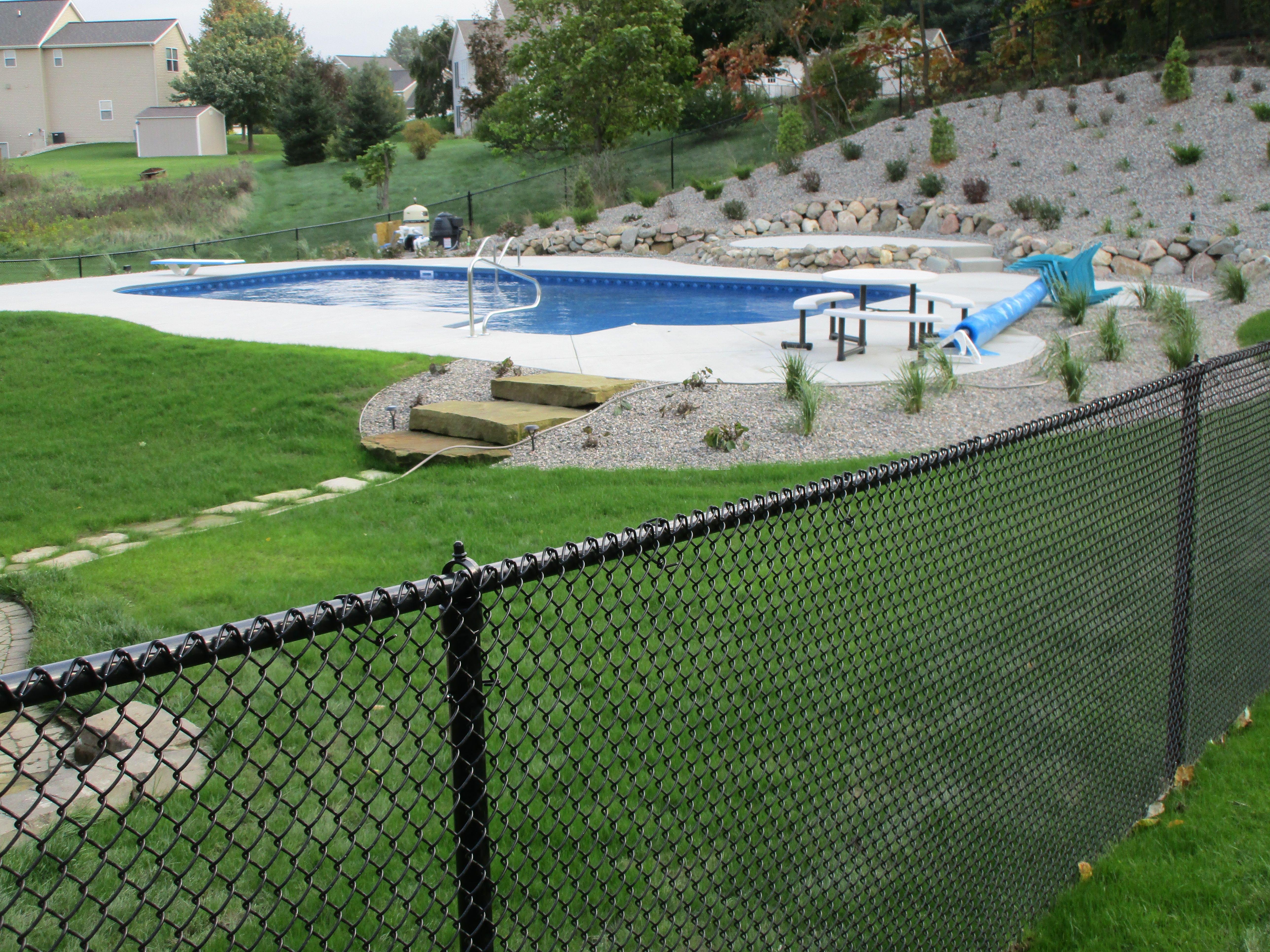 Black Vinyl Coated Chain Link Mini Mesh Fence Is Boca Code For Swimming Pools