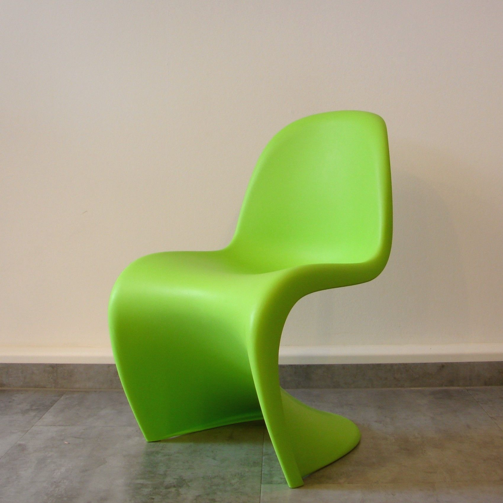 Panton Chair Junior Dark Lime Kinderstuhl Verner