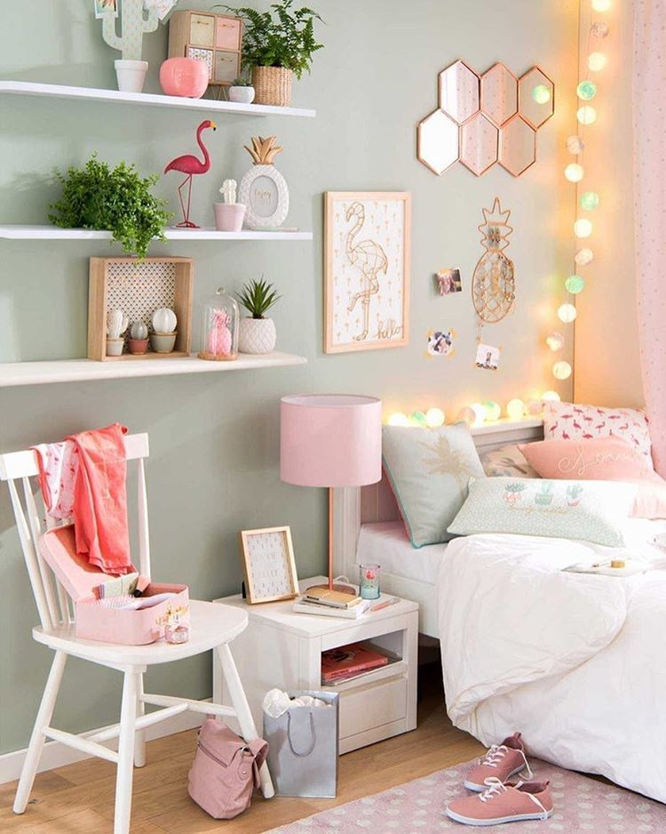 lichterkette regal ideen deko ideen wandfarbe dekoration fr kleine zimmer pastell
