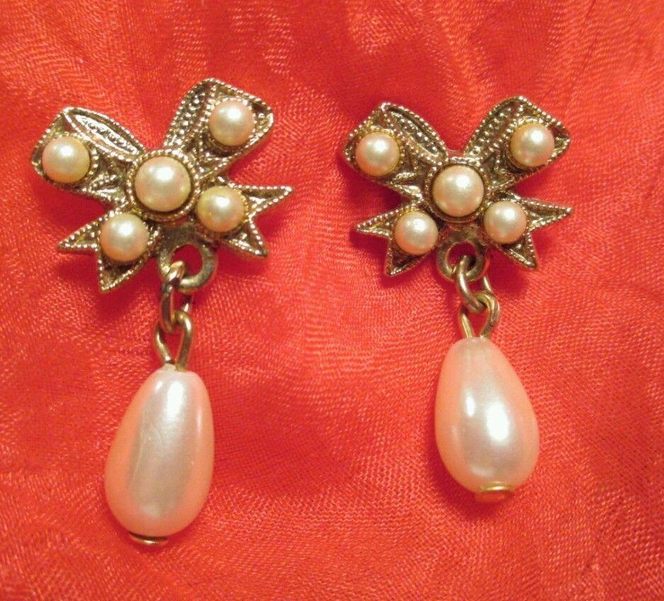 #Vintage Goldtone Faux #Pearl Bow knot pierced studs #Earrings  #jewelry EUC #Vintage #Vintage