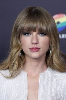 7 Best Celebrity Bangs You Can Try - Taylor Swift