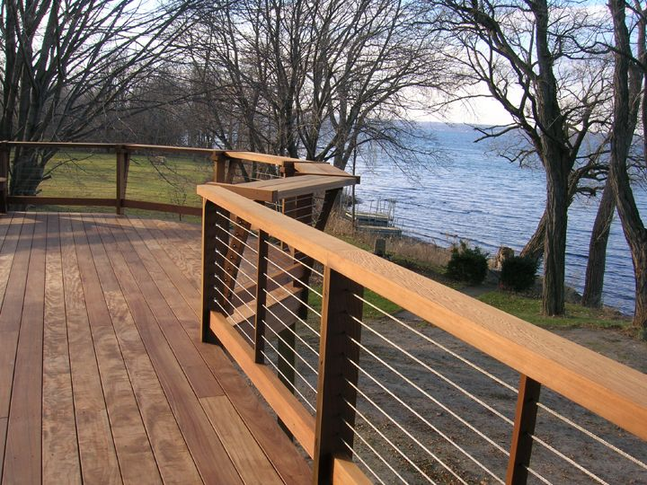 Deck railing dream home pinterest terrazas for Barandales de madera para jardin
