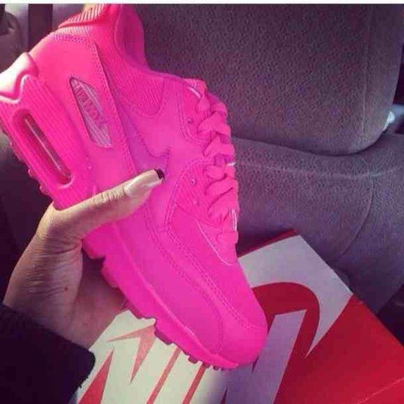 ISO!!!! Hot pink nike air max 90 | Nike