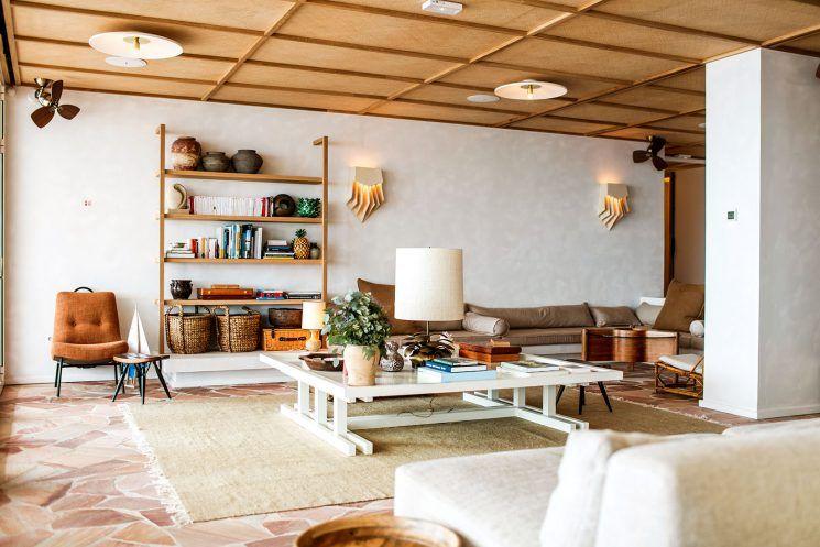 les roches rouges saint rapha l d cor middle century. Black Bedroom Furniture Sets. Home Design Ideas