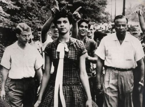On the morning of September 4th, 1957, Dorothy Counts walked into an all-white high school for the very first time. She was African American. #heroes