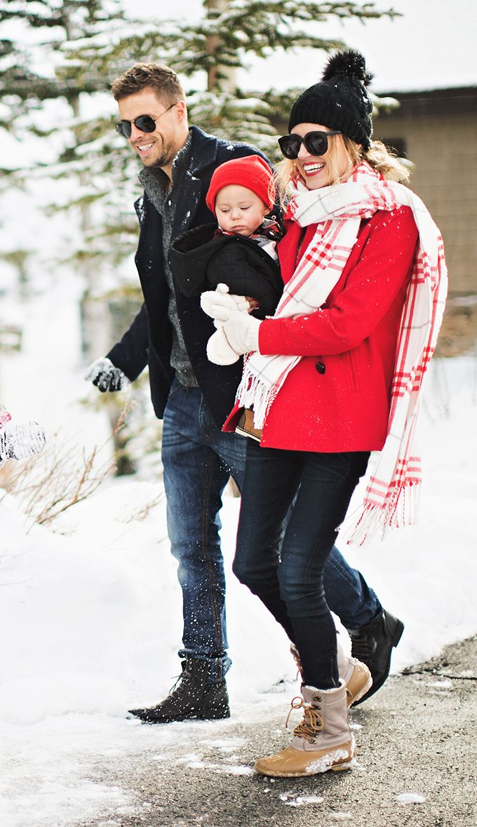 @hello-fashion-blog family holiday card - inspo for next year.
