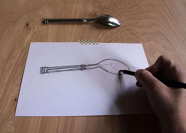 spoon contour drawn