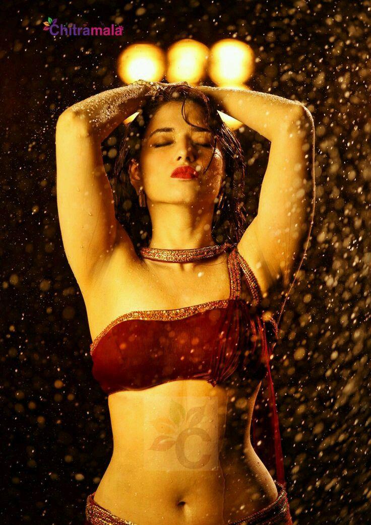 Hot Actresses Pics South Indian Actress Sexy Boob Images