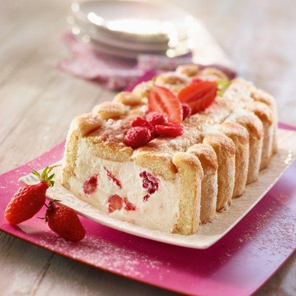 Recette de charlotte l g re aux fraises et framboises par - Jeux de charlotte aux fraises cuisine gateaux ...