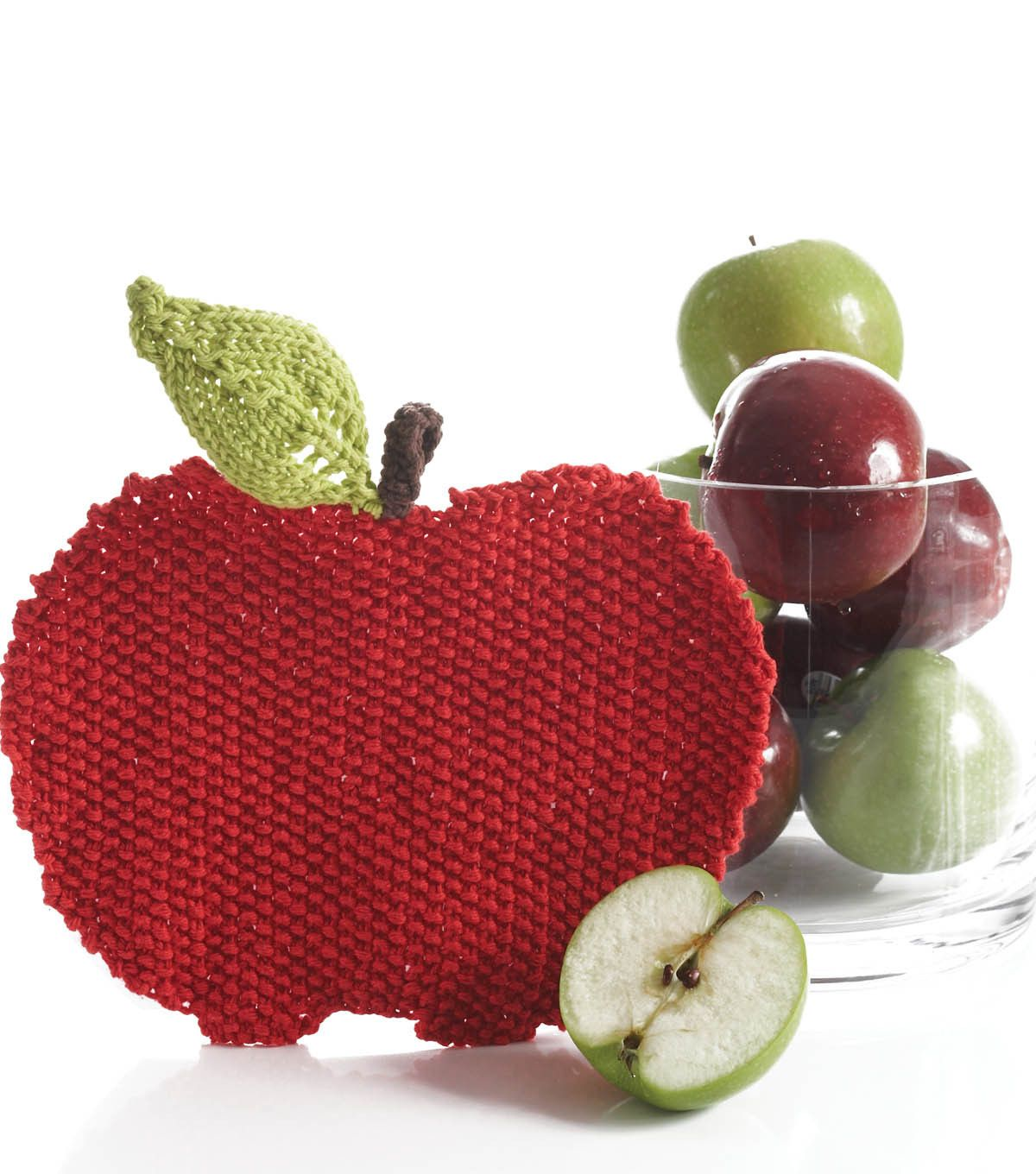 Make your teacher an apple dish cloth for the 1st day of school!