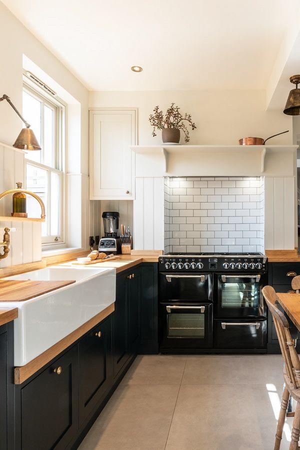 Modern Shaker Kitchen - Bishop's Stortford - Nicholas Bridger