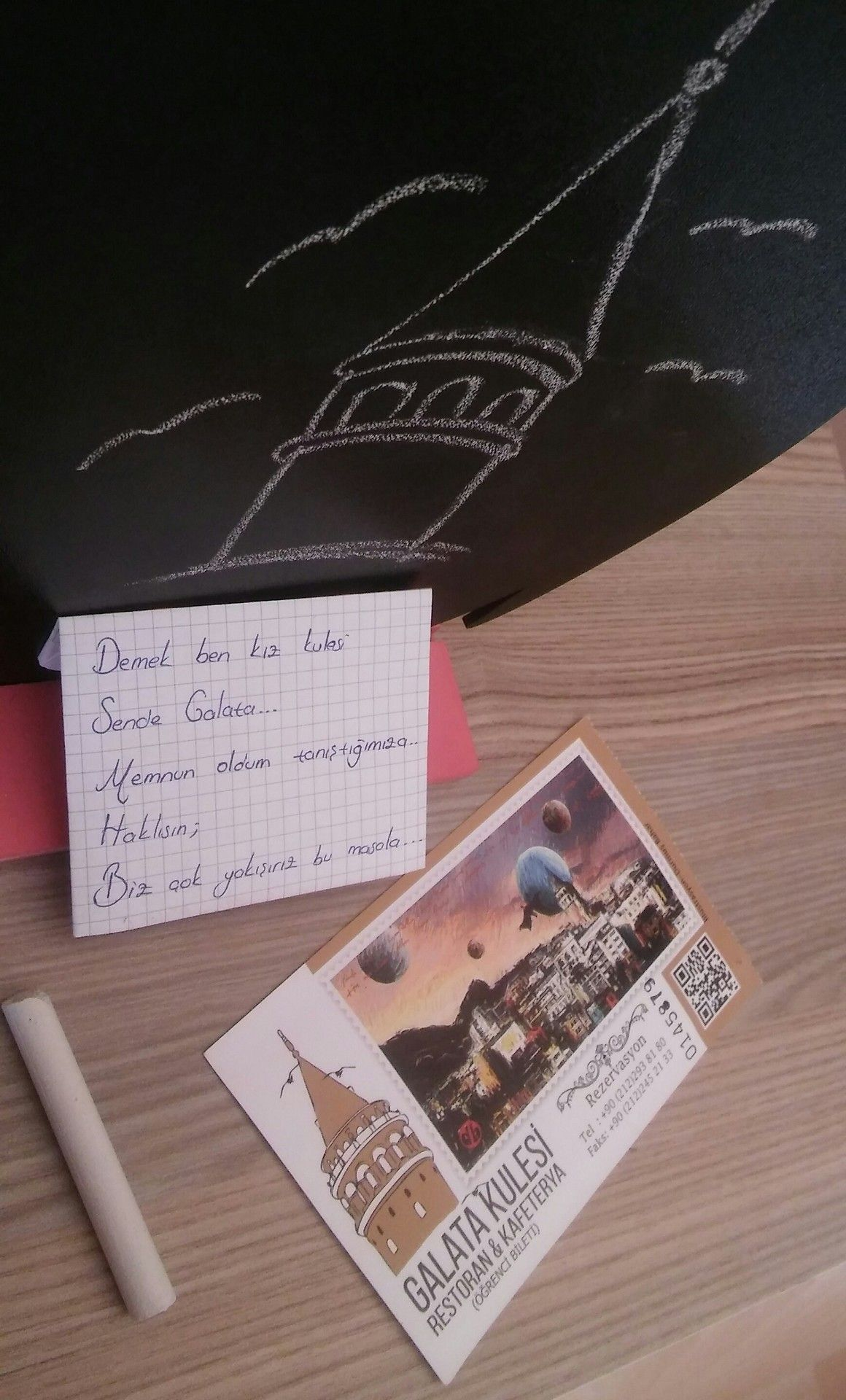 Demek ben kız kulesi Sende Galata… Memnun oldum tanıştığımıza. Haklısın; Biz çok yakışırız bu masala.. Pinterest: @hackerderler