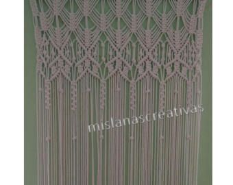Shipping time: 3-4 weeks. Large Macrame Curtain made with 6mm ecru cotton cord, it is very soft.  size: W47 inches * H92   Is sent without rod. Would work wonderfully as doorway curtain, window curtain, room divider .  Looking for something else: check this out: https://www.etsy.com/shop/mislanascreativas?  Thank you for visiting my shop