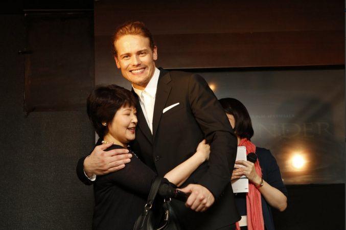 NEW fan pics of Sam Heughan at a fan event in Japan   Outlander Online