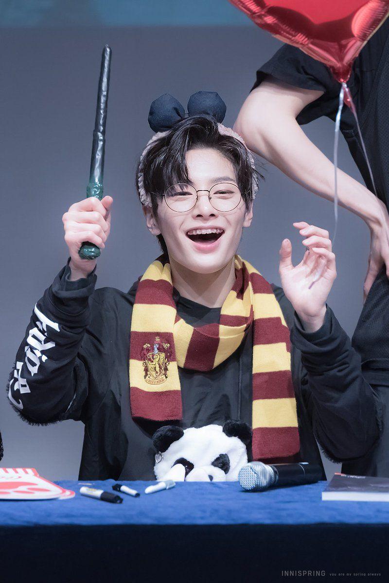 Pin By Lex On Stray Kids Harry Potter Kids Cute Kids
