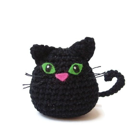 Amigurumi Black Cat Pattern : Cat, crochet cat, amigurumi cat, black cat Cat crochet ...