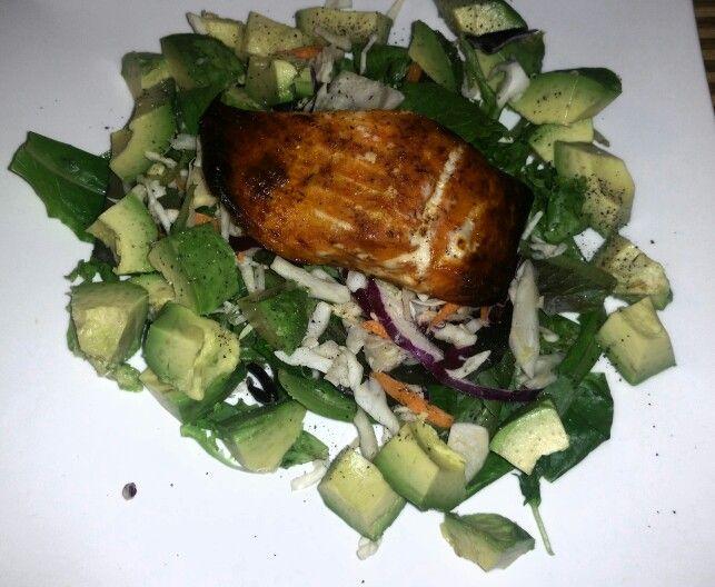 Blackened salmon and avocado salad