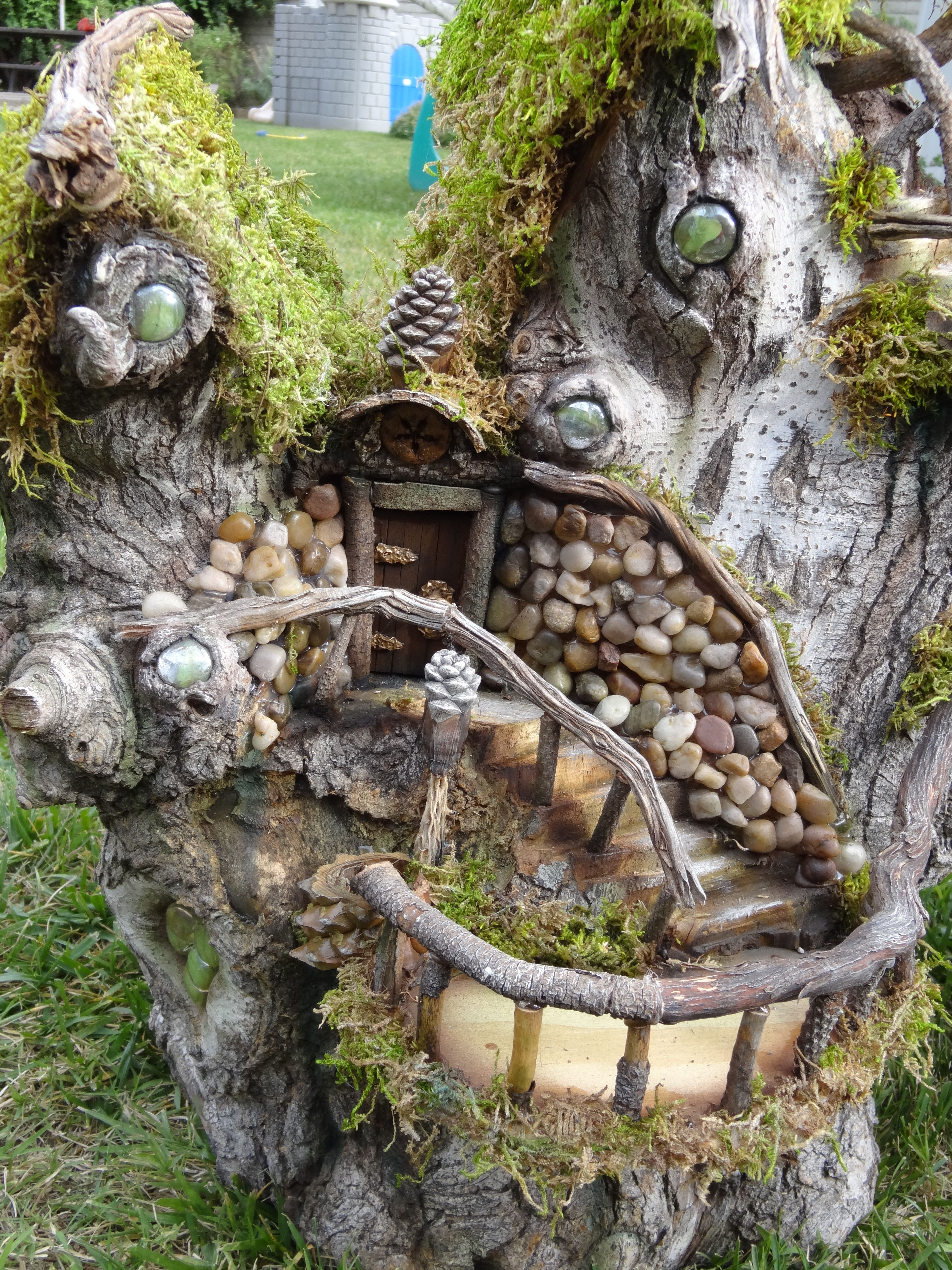 Here's a close up of the Fairy Ellsworth House Fairy
