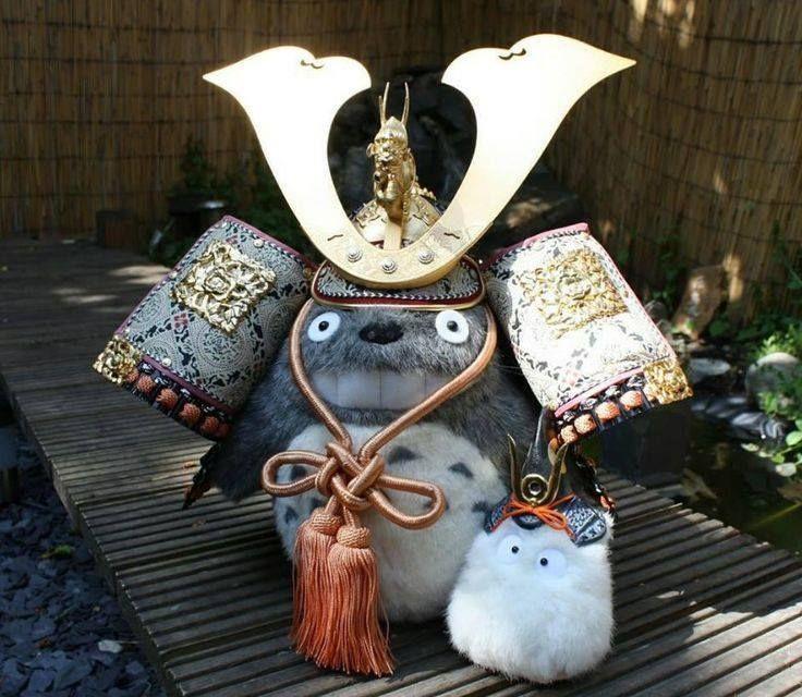 Totoro & Sho wearing kabutos
