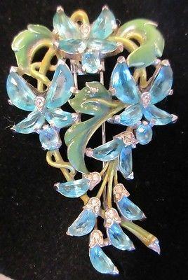 Vintage-Trifari-Rhinestone-Enamel-Flower-Fur-Clip-Brooch-Pin-Demi-Lune-Figural