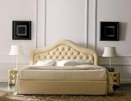 Risultati immagini per letti matrimoniali imbottiti | letto ...