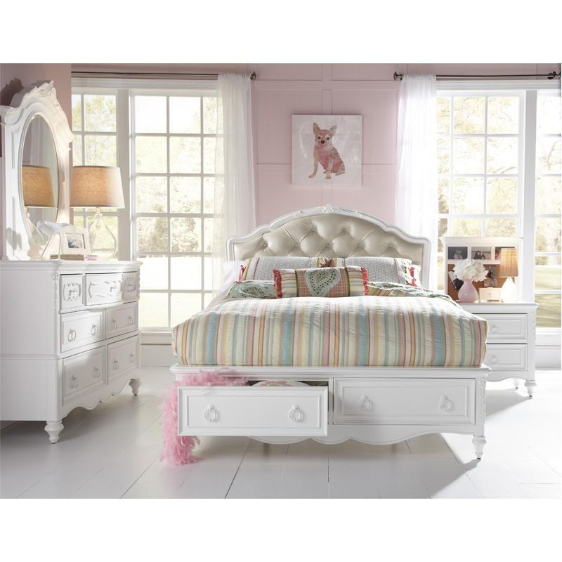 Eleanor Full Upholstered Bed With Storage Footboard By