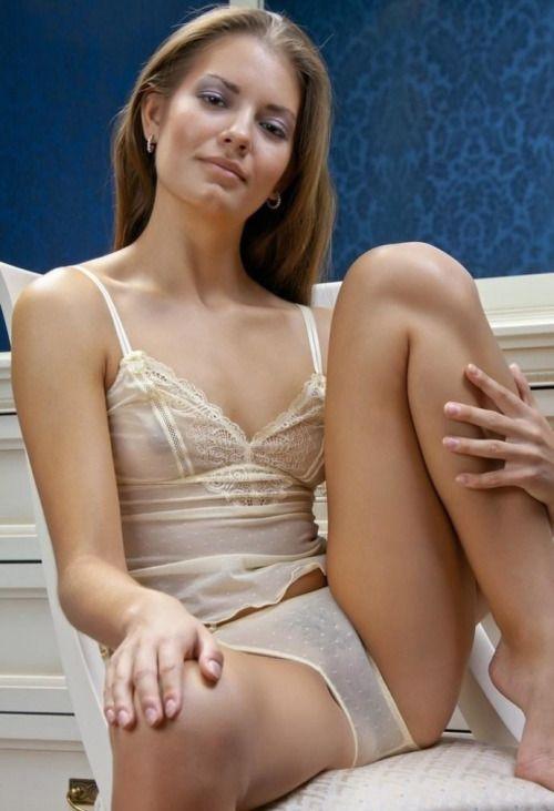 Sexy Women Legs Open
