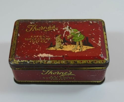 Vintage-Thorne-039-s-Extra-Super-Creme-Toffee-Tin-Red-Early-Version