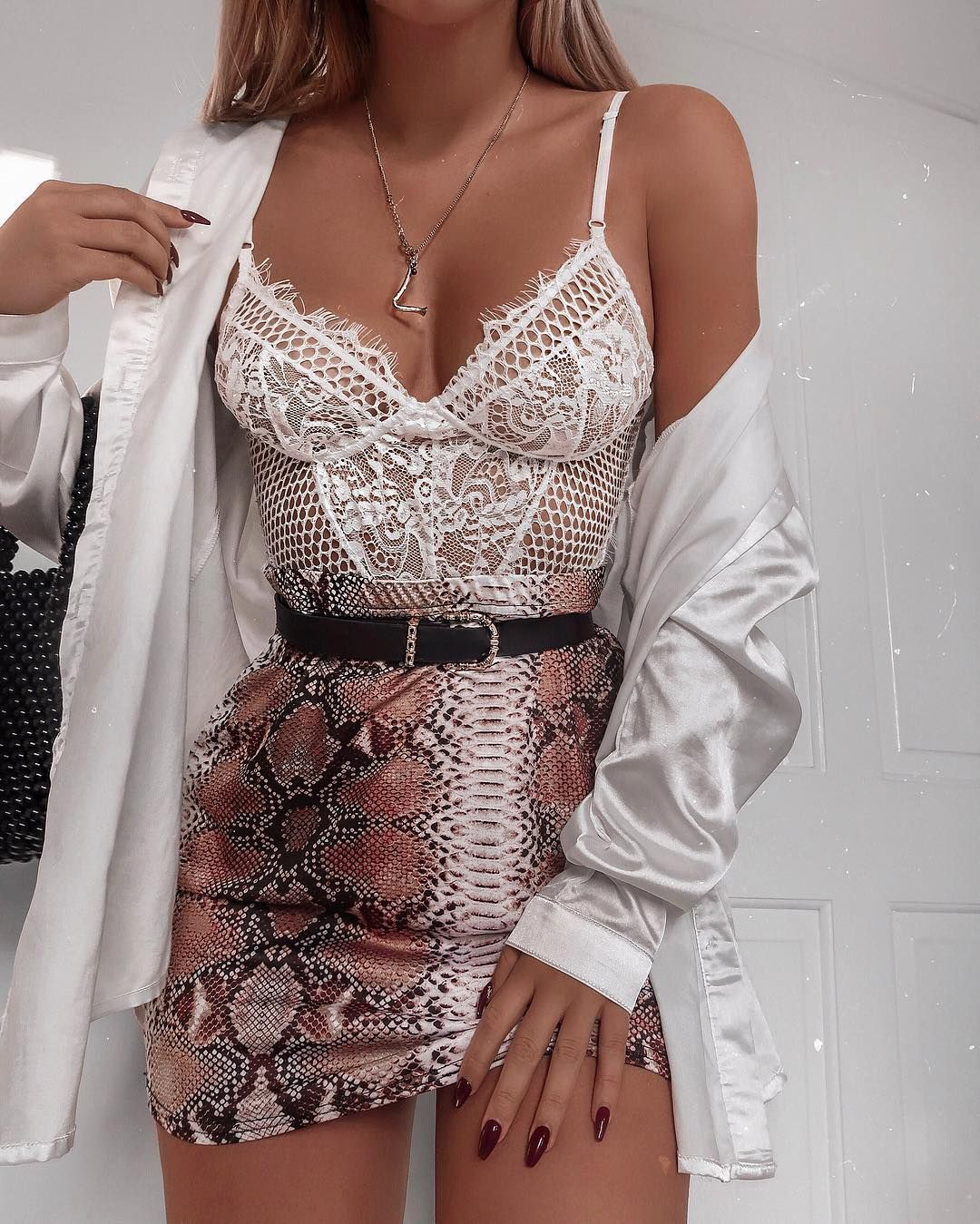 3699696121c LACE + SNAKE PRINT   a  fashioninflux goals  fit... that s our kinda maths  🔥✨