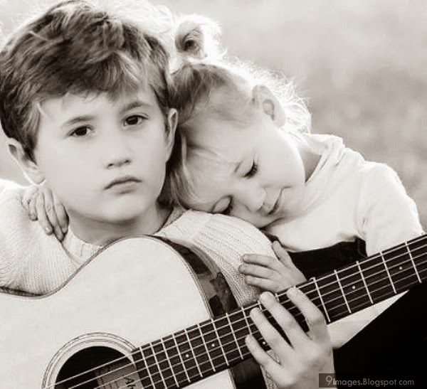 Lonely Boy Playing Guitar Hd Images New Hd Wallpapers Playing Guitar Boys Playing Image