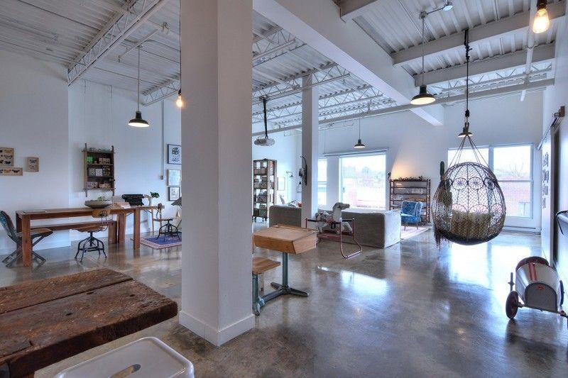 Loft de 180 m² à vendre à Montréal Interiors and Lofts