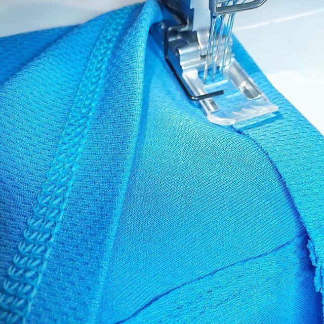 The ultimate guide to coverstitching #sewingtechniques