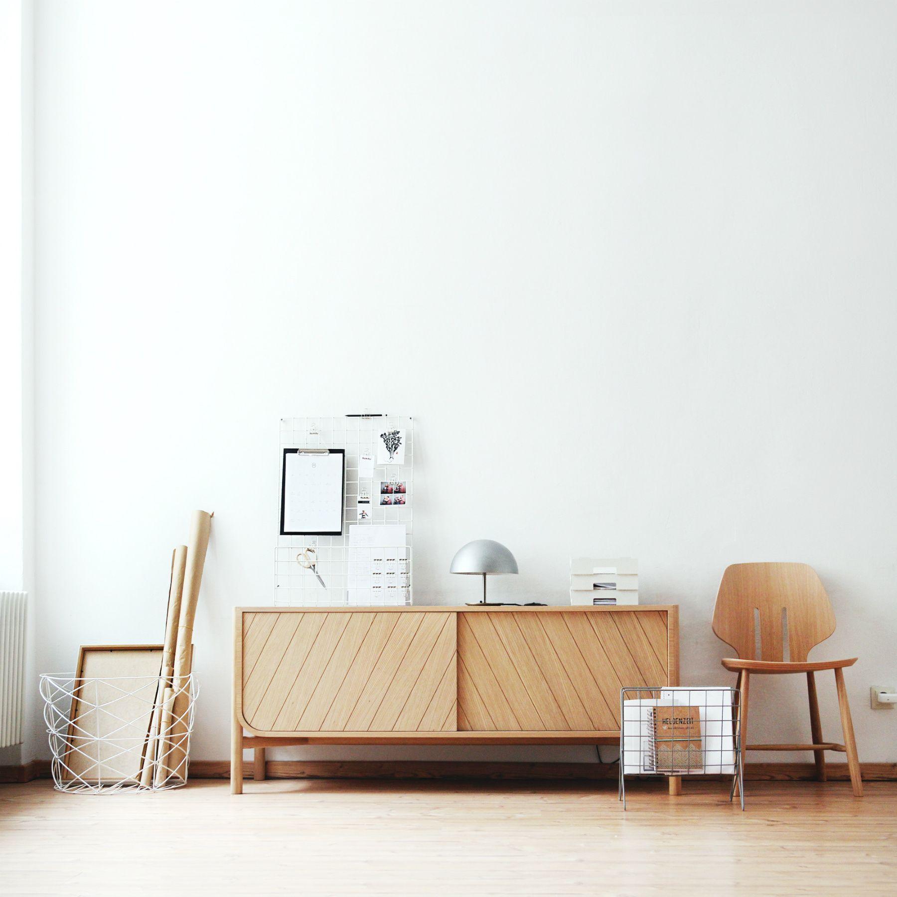 En Casa Minimalista De Jenny Mustard Diseno De Interior Para Apartamento Decoracion Del Hogar Minimalista Muebles Minimalistas